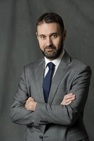 Simone Roati - il Responsabile dell'Area Organizzazione, Amministrazione, Pianificazione SGR e Affari Generali di BLUE SGR